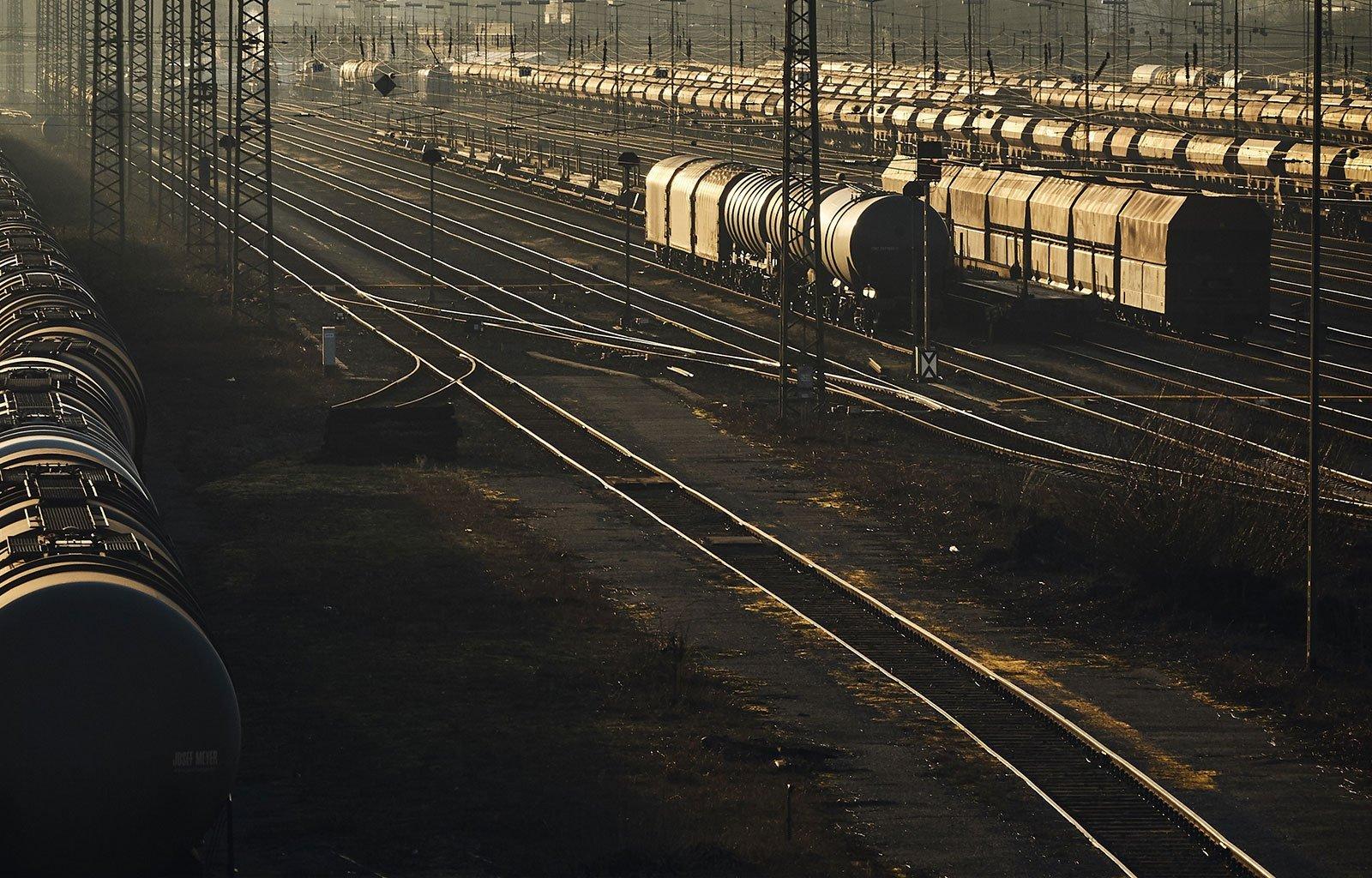 rail transport shunting yard